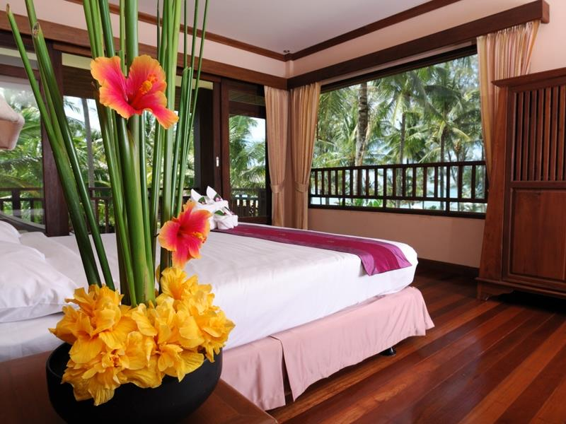 Khuk Khak Beach Resorts