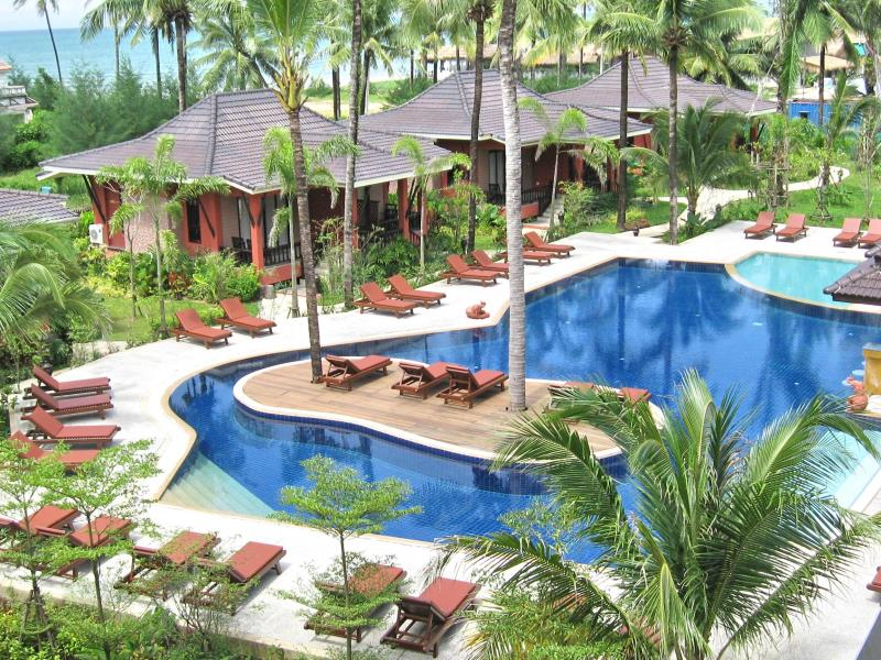 Bang Niang Beach Resorts